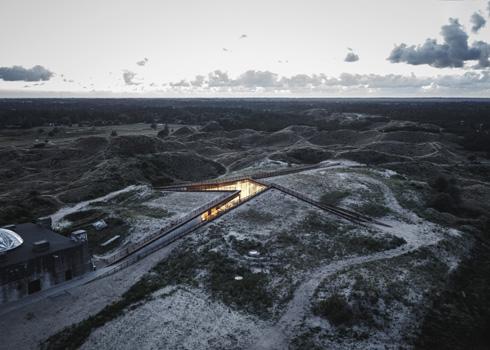 המוזיאון מלמעלה (צילום: Rasmus Hjortshoj, Big)