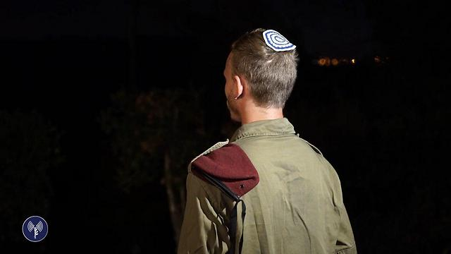 השכן, חייל יחידת עוקץ, שירה במחבל ונטרל אותו (קרדיט: דובר צה''ל) (קרדיט: דובר צה''ל)
