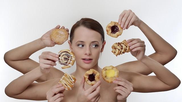 מה הדבר הנכון לאכול? (צילום: shutterstock) (צילום: shutterstock)