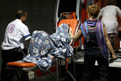 """מאי 2008: מעיין סבג-חטואל מגיעה לבית החולים שיבא. """"הייתי בפוסט-טראומה"""" (צילום: יריב כץ)"""