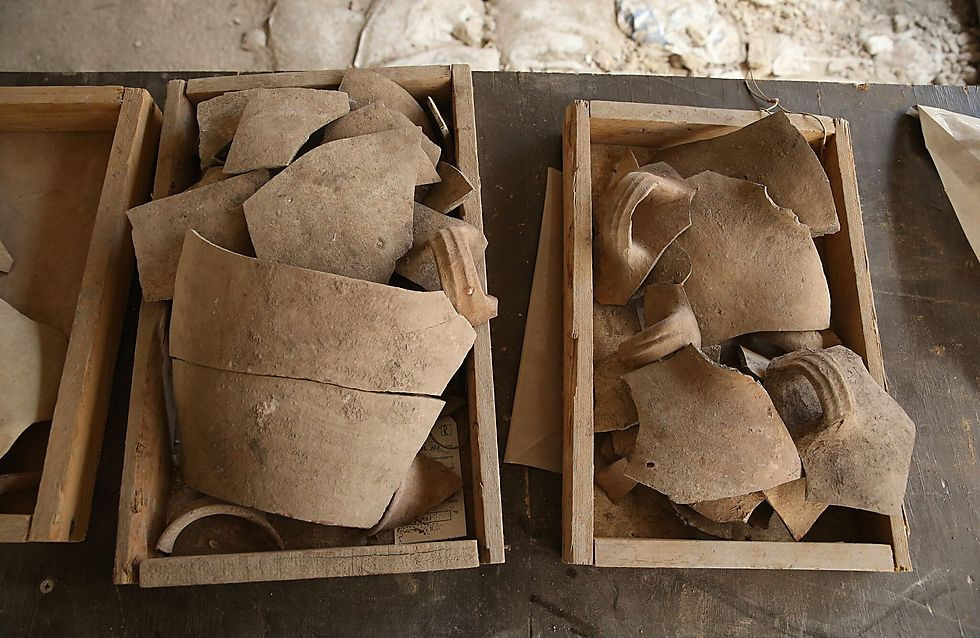 Ancient pottery unearthed in Jerusalem (Photo: Eliyahu Yanai, Courtesy of the City of David Archive)