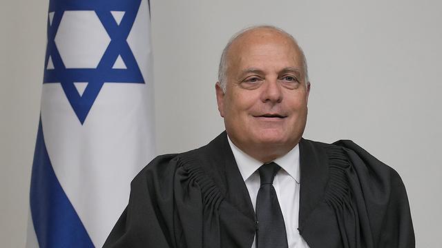 """השופט ג'ורג' קרא. """"שני שופטים ערבים בעליון יגבירו את אמון הערבים במערכת המשפט"""" (צילום: אוהד צויגנברג) (צילום: אוהד צויגנברג)"""