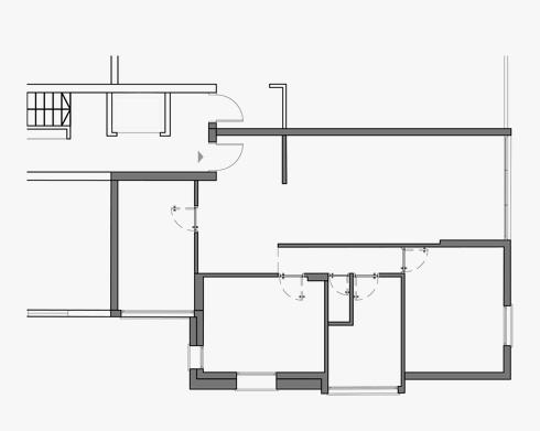 תוכנית הדירה המשפחתית של עוזרי, המתגוררת בבניין, לפני הפרויקט (תכנית: אשרת עוזרי אדריכלים)