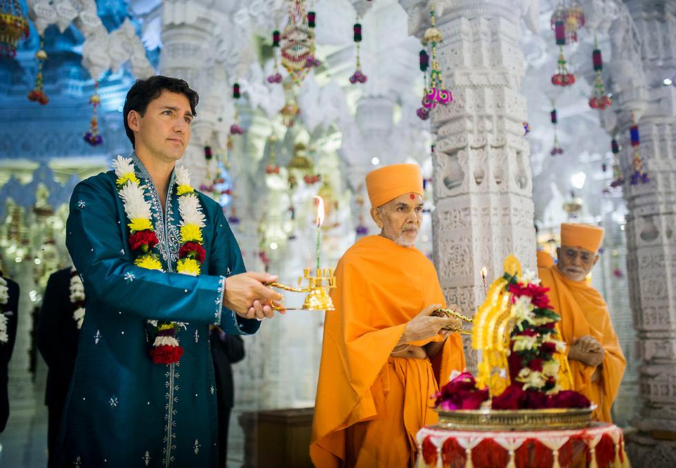 ראש ממשלת קנדה ג'סטין טרודו בחגיגות יום השנה של מקדש הינדי במיסיסוגה, קנדה (צילום: AP, Mark Blinch /The Canadian Press)