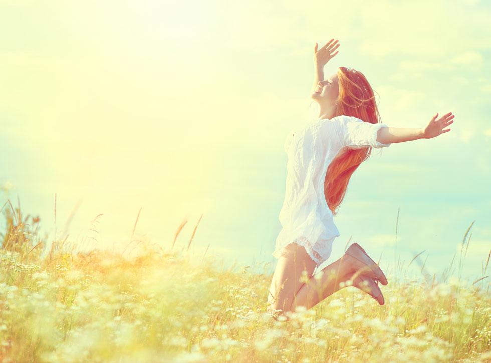 צאי קצת לשמש, זה מומלץ תזונתית (צילום: Shutterstock)