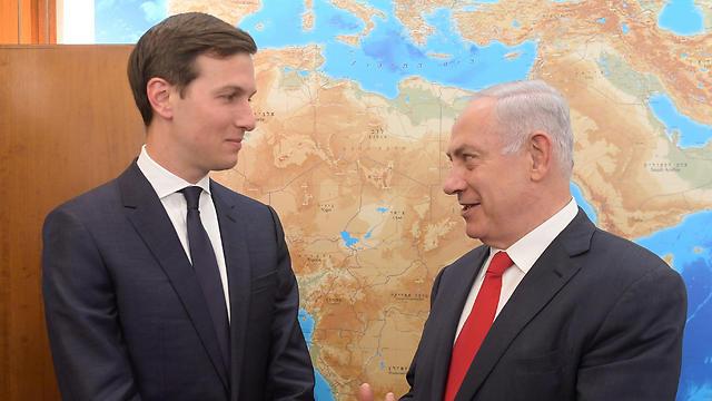 Kushner (L) and Israeli Prime Minister Benjamin Netanyahu (Photo: EPA)