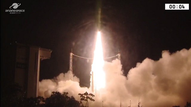 רגע השיגור (צילום: סוכנות החלל הצרפתית) (צילום: סוכנות החלל הצרפתית)