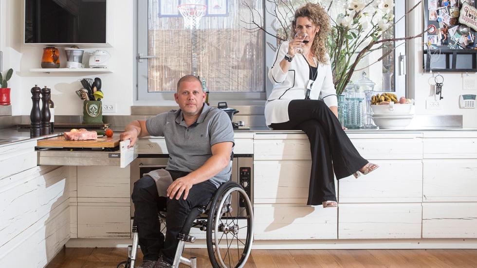 לאחר שבעלה רותק לכיסא גלגלים, הפכה האדריכלית למומחית להנגשה