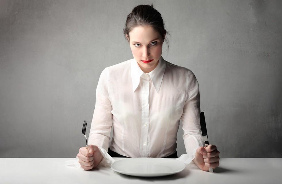 כשאכילה היא אקט של תוקפנות. גם כלפי עצמנו (ציללום: shutterstock)