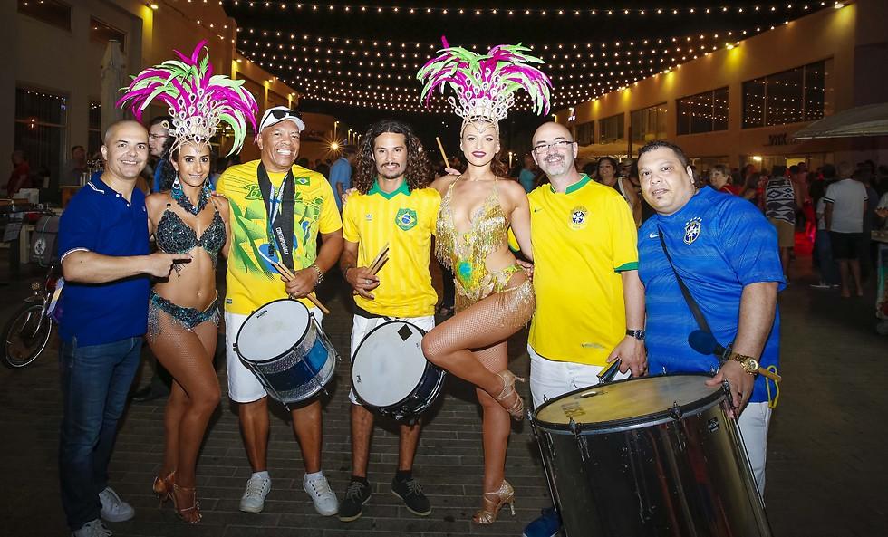 """אפשר לעשות את זה גם בלטיני: ערב ריקודים חושניים בנמל ת""""א (צילום: צילום גיא יחיאלי)"""