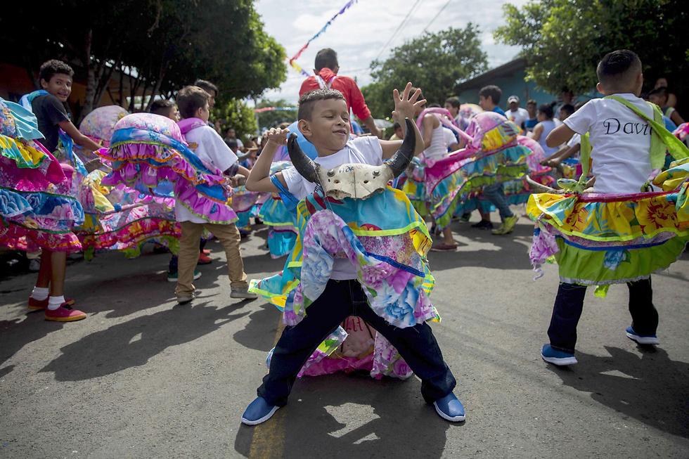 חגיגות סנטו דומינגו דה גוסמן (דומיניקוס הקדוש) במנגואה, בירת ניקרגואה (צילום: EPA)