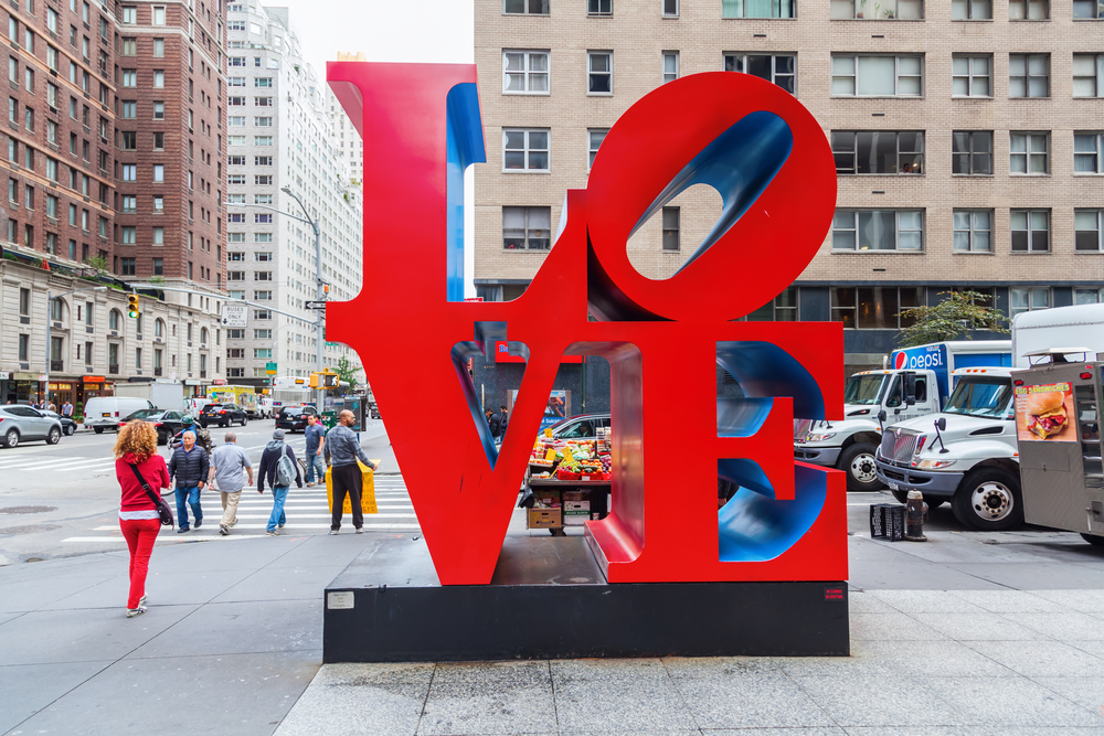 The 'Love' statue in NYC (Photo: Shutterstock)