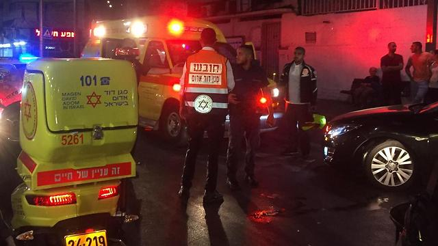 """זירת התאונה בתל אביב (צילום: דוברות מד""""א) (צילום: דוברות מד"""