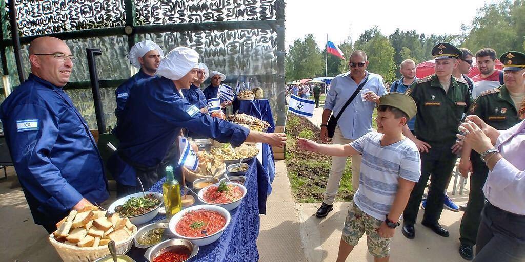"""(צילום: שגרירות ישראל במוסקבה ודובר צה""""ל)"""