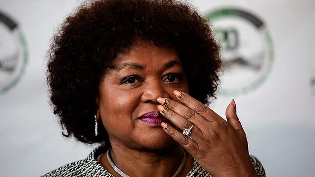 """אפשרה הצבעה חשאית. יו""""ר הפרלמנט באלקה מבטה (צילום: AFP)"""