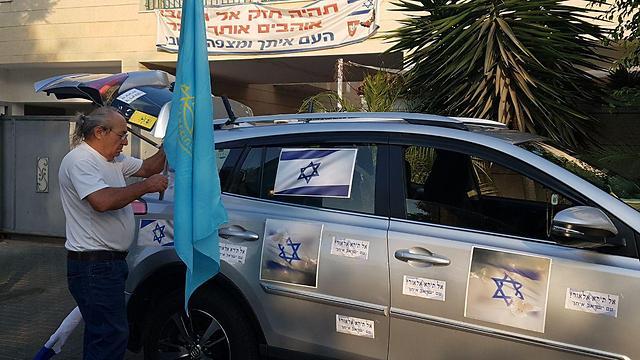 Машина, на которой Эльор поедет в тюрьму. Фото: Барэль Эфраим