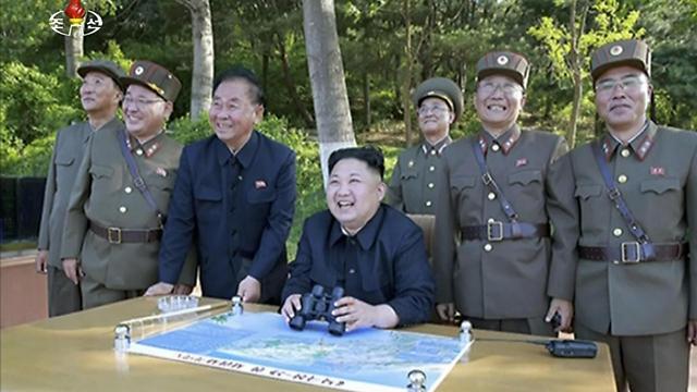שליט צפון קוריאה קים ג'ונג און (צילום: AP)