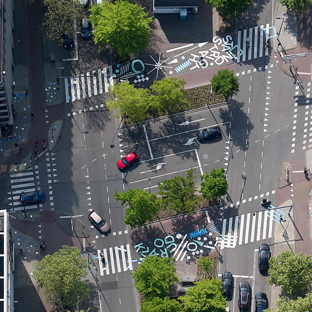 תכנון צומת עם מעברי חציה ברוטרדם (צילום: streetmakers)
