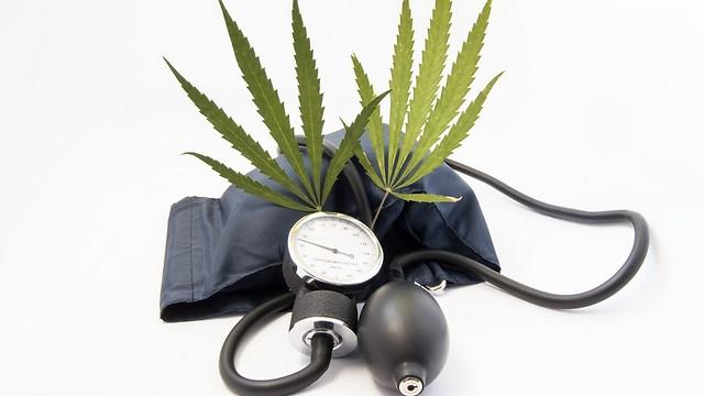 סיכון משולש לתמותה מיתר לחץ דם (צילום: shutterstock)