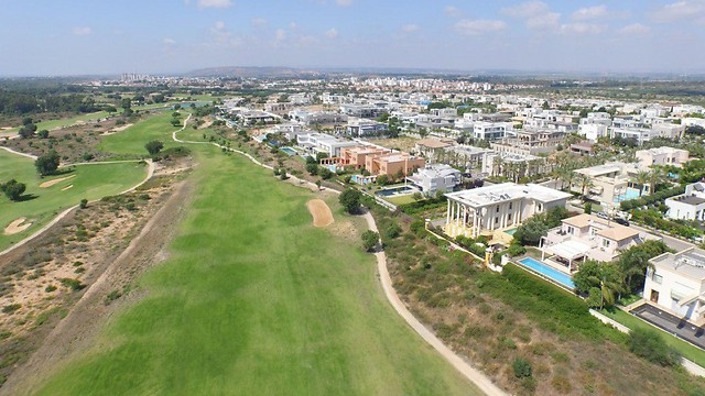 """קיסריה - מבט מהאוויר (צילום: יח""""צ)"""