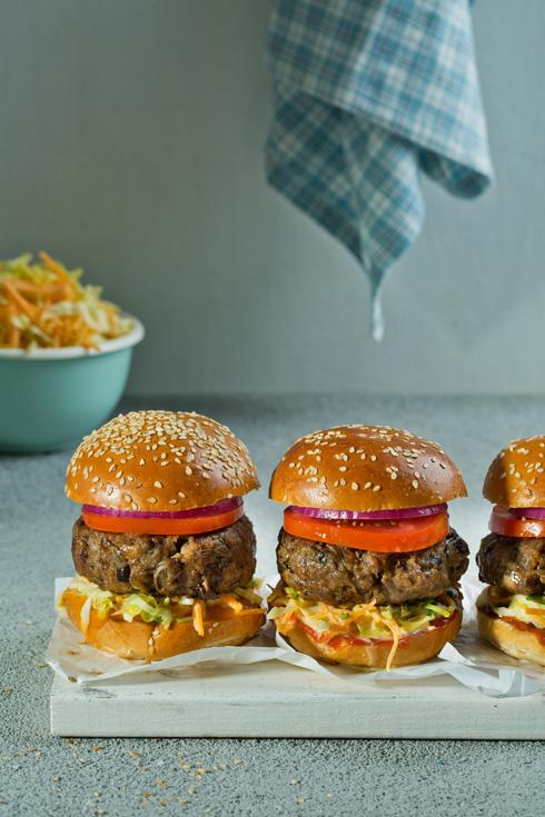 מיני המבורגר בשר בקר ופטריות (צילום: בועז לביא)