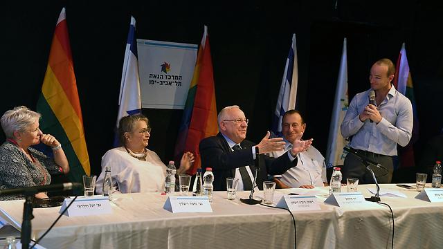 L to R: Yael Huldai, Nechama Rivlin, Reuven Rivlin, Ron Huldai and Itay Arad-Pinkas (Photo: Mark Neiman, GPO)