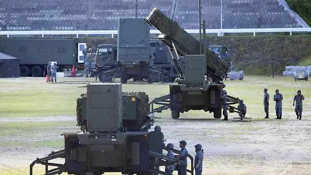 סוללות טילי פטריוט שנפרסו ביפן (צילום: AP)