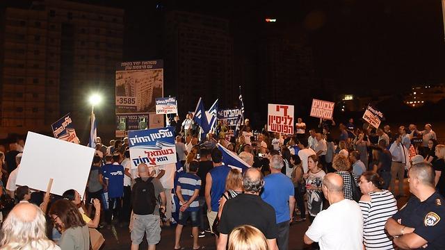 מחאת תומכי נתניהו  (צילום: יאיר שגיא)