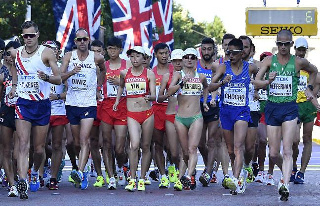 נשים וגברים התחרו יחד. יש שיוויון (צילום: AP)