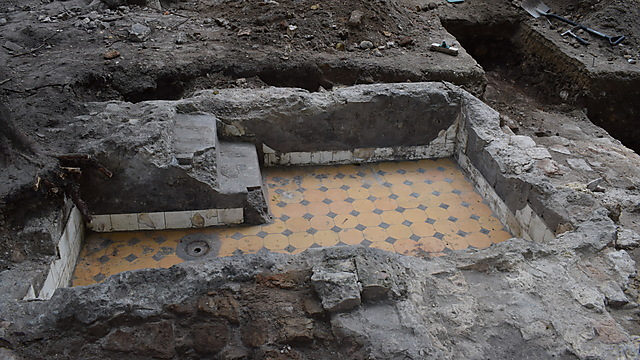 Part of a Mikveh uncovered (Photo: Jon Seligman)