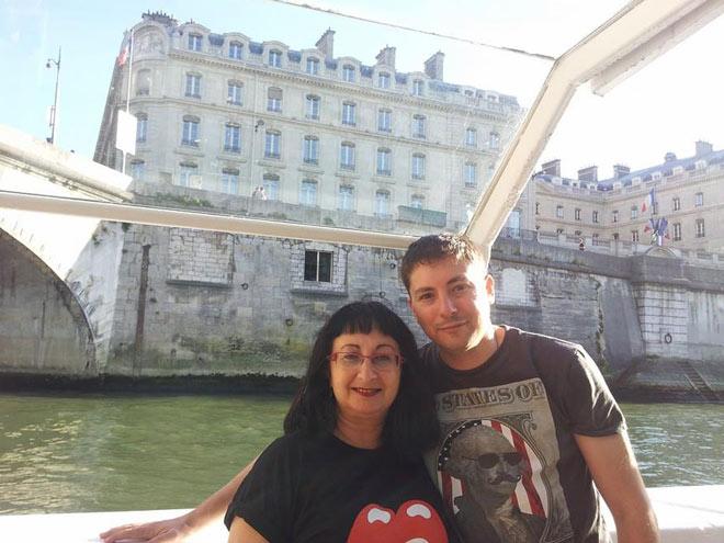 """מדריך סיור בפריז. """"רוצים לראות את העיר דרך עיניי"""" (צילום: אלבום פרטי)"""