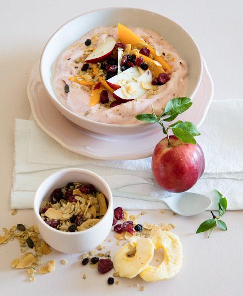 בננות, תותים, מנגו ותמר - שילוב שגם הילדים יאהבו (צילום: יוסי סליס, סגנון: נטשה חיימוביץ')
