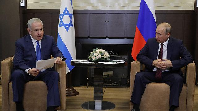 """פוטין ונתניהו. ישראל הבהירה את עמדתה ל""""ידידיה במוסקבה"""" (צילום: MCT)"""