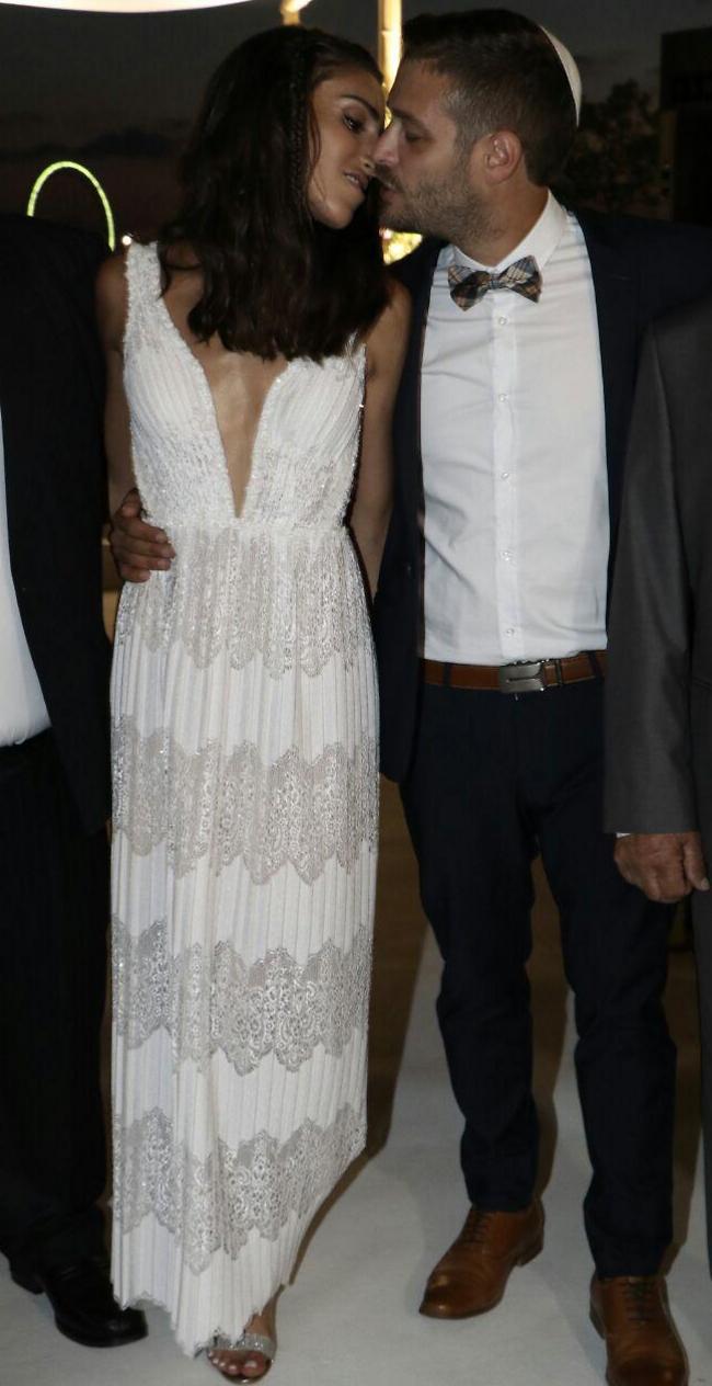 הזוג הטרי (אמיר מאירי)