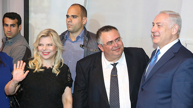MK David Bitan with PM Netanyahu and Sara Netanyahu (Photo: Motti Kimchi)