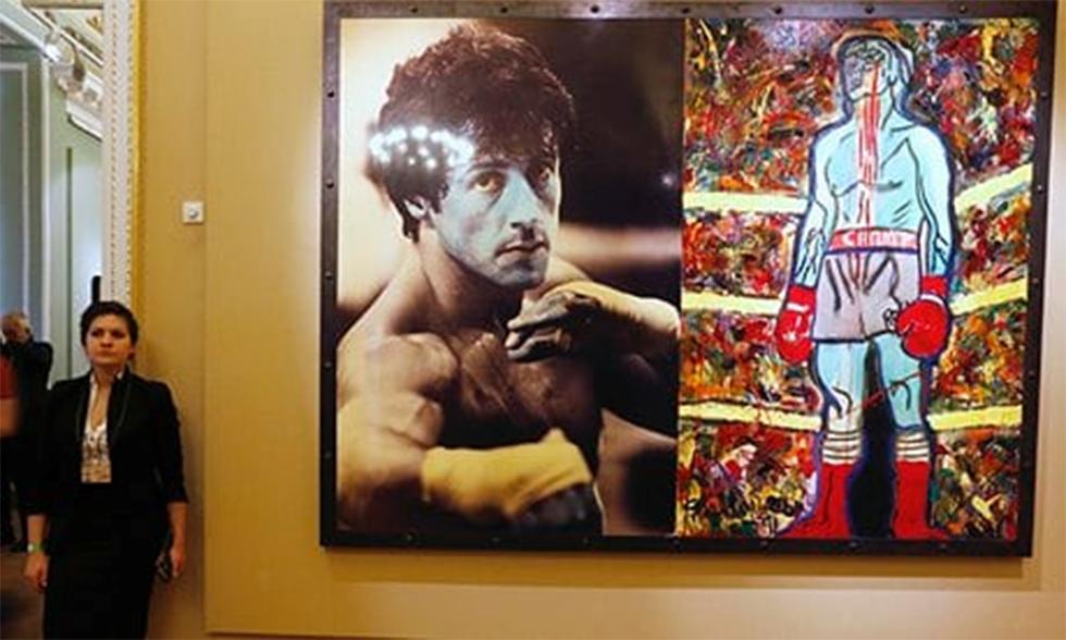 יצירותיו של סטאלון בהשראת דמותו של רוקי (צילום: Getty Images)