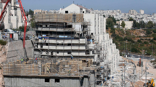 Construction in Kiryat Arba (Photo: AFP) (Photo: AFP)