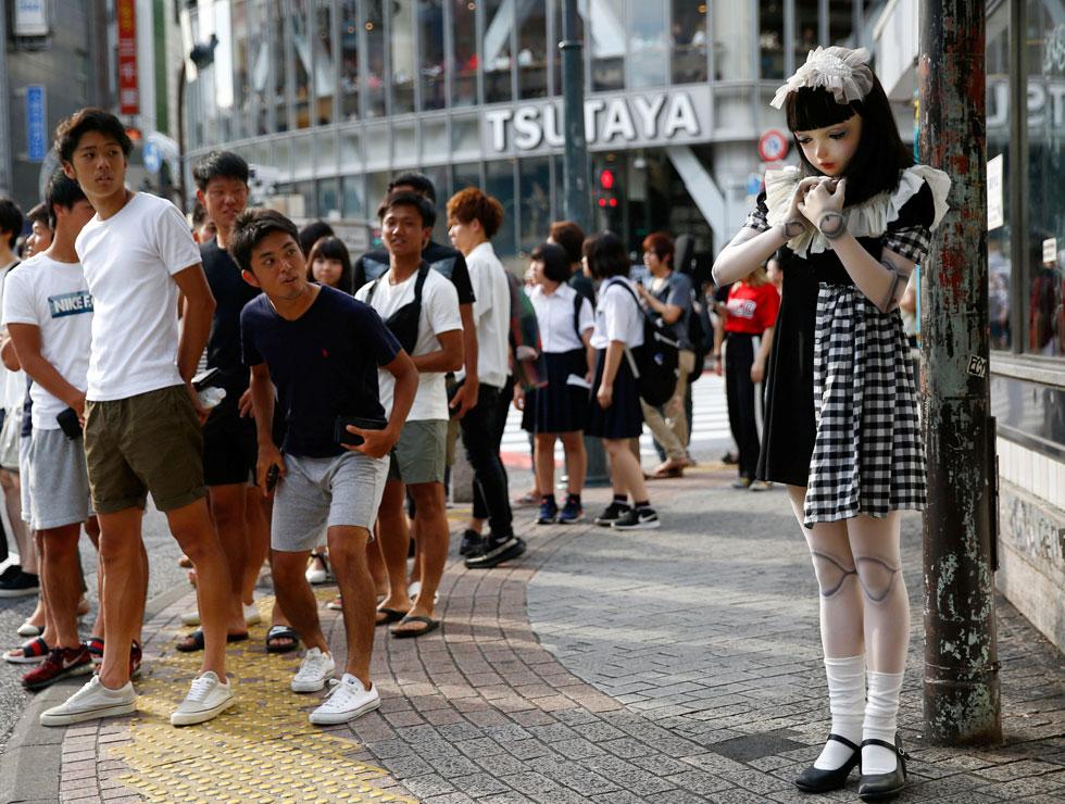 חלק מתת תרבות בשם Kigurumi, במסגרתה נערות ונשים צעירות מתלבשות כבובות ילדותיות (צילום: רויטרס)