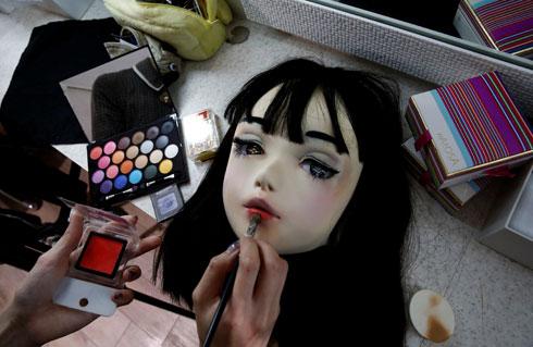 לוקחת חלק בתחרות היופי השנתית מיס iD, שבה יתמודדו אך ורק דמויות לא אנושיות (צילום: רויטרס)