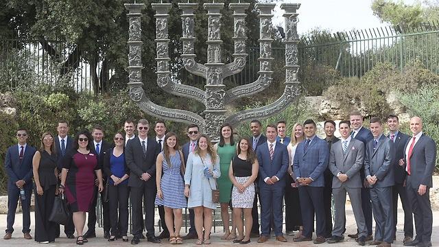 Outside the Knesset (Photo: Shmuel Cohen)