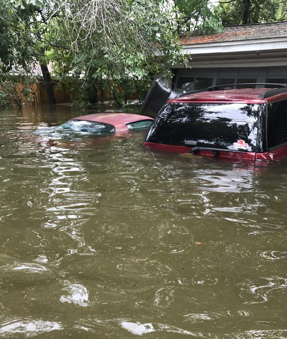 The Meyerland neighborhood is now submerged underwater (Photo: Yaniv Jerupi) (Photo: Yaniv Jerupi)
