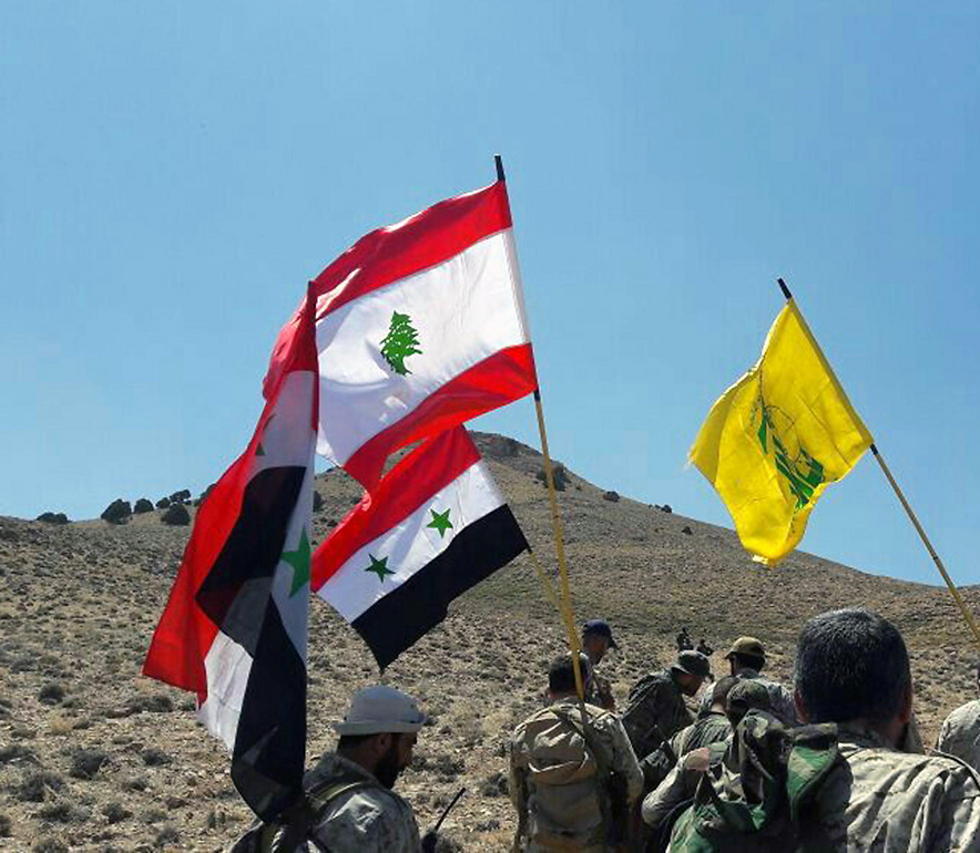 Lebanon, Syria and Hezbollah standards after the battle (Photo: AP) (Photo: AP)