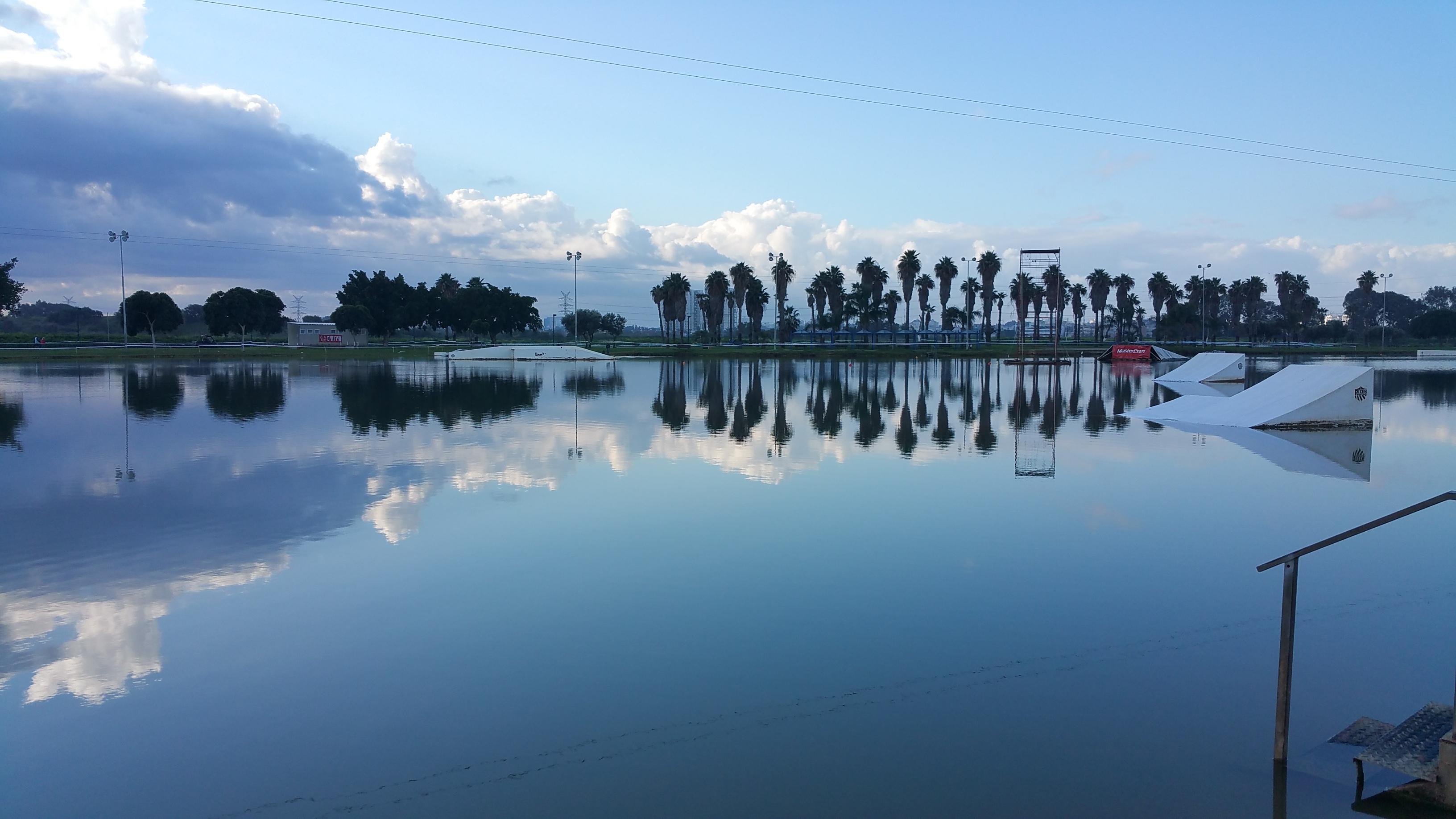 """האגם הספורטיבי במרכז: LAKE TLV (צילום: יח""""צ)"""