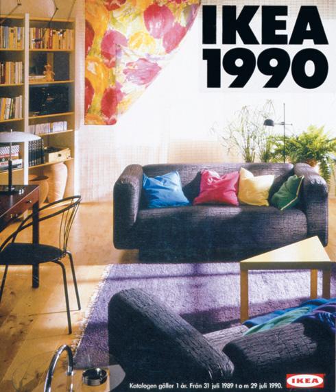 שימו לב לכיסא השחור העכשווי בקטלוג 1990 (צילום: inter ikea systems)