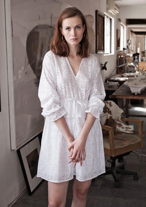 אינהאוס. מיזם הפופ-אפ מתארח בביתה של האמנית שולי בורנשטיין וולף עם 15 מעצבים (צילום: IN HOUSE, Parlez De Vous)