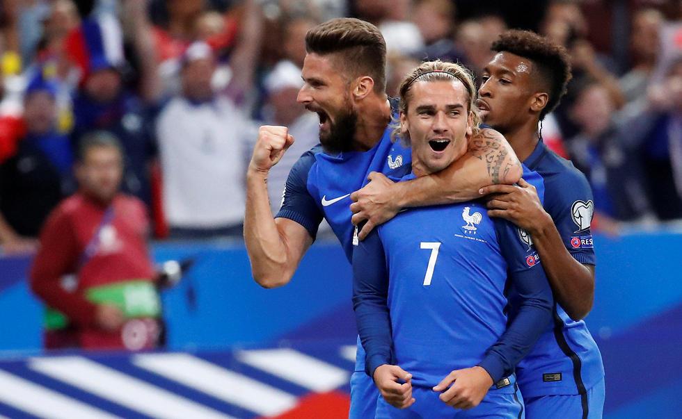 נבחרת צרפת. גם אותה ליאני שפט (צילום: רויטרס) (צילום: רויטרס)