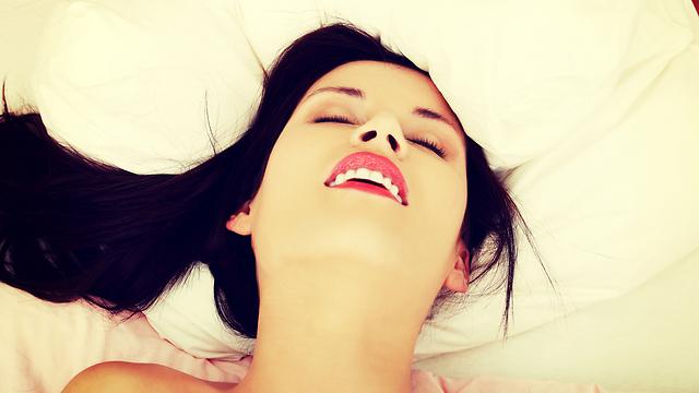 היו נוכחים בחוויה המינית במקום לנסות להדוף אותה (צילום: Shutterstock) (צילום: Shutterstock)
