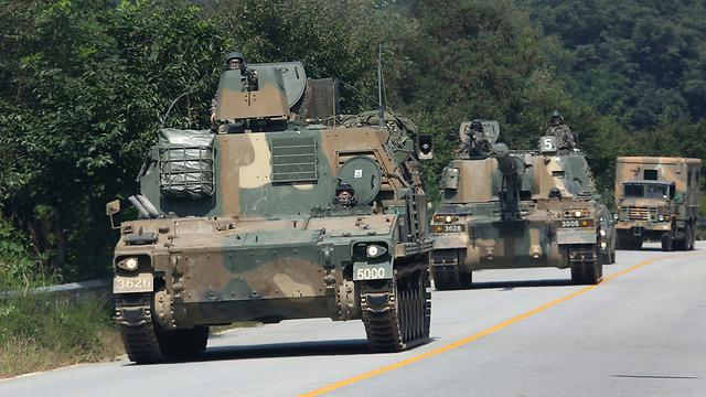 צבא דרום קוריאה מתאמן אחרי ניסוי פצצת המימן (צילום: AP)