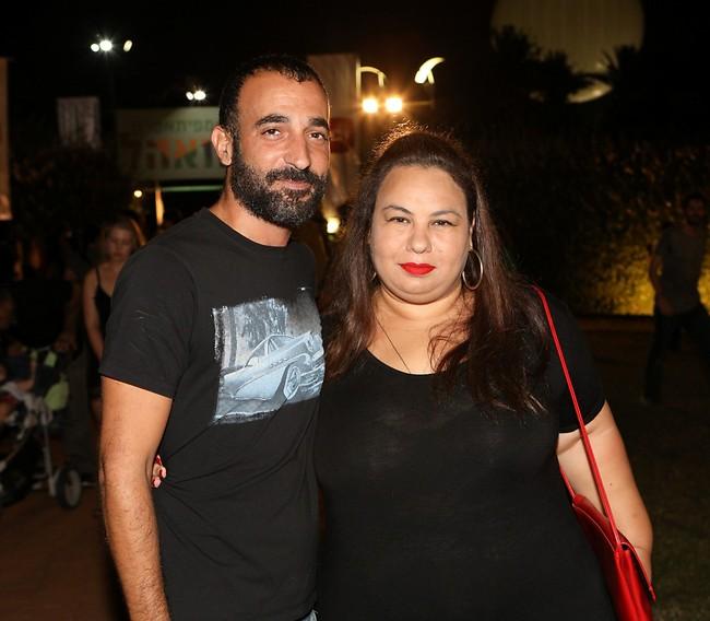 שאפו למלהקת הסדרה. אמירה בוזגלו ובעלה משה בן שימול (צילום: רפי דלויה)