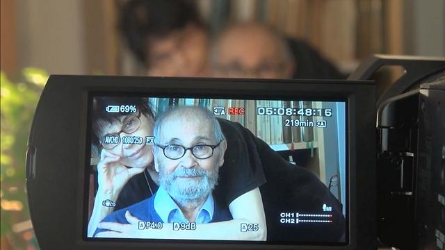 """מזרחי ואשתו מיכל בת-אדם בסרט """"מקווה שאני בפריים"""" ()"""